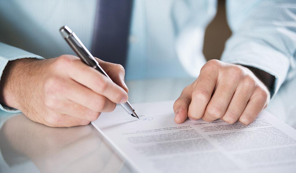 Realización de Contratos